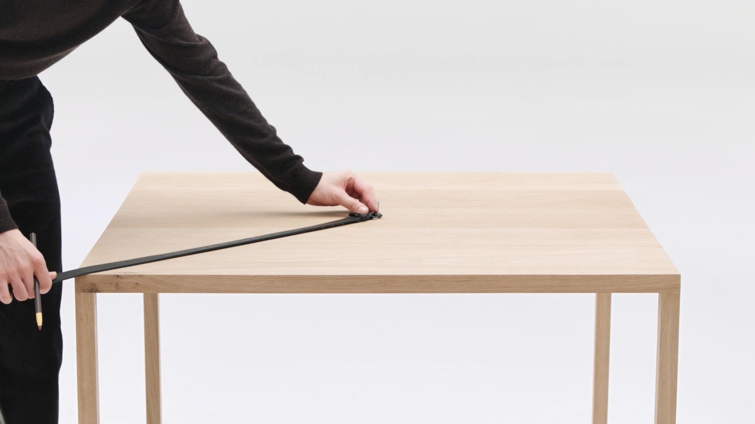 Studio Sander Plug – COS - Around the Table
